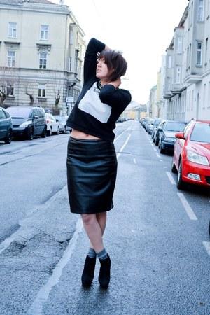 black Zara hoodie - black Zara skirt