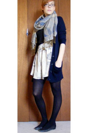 blue American Eagle cardigan - white modcloth skirt - black HUE tights - blue sc