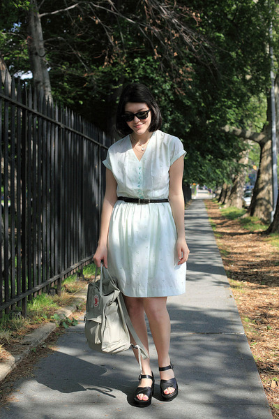 aquamarine thrifted vintage dress - off white Kanken Fjallraven bag - black Kork