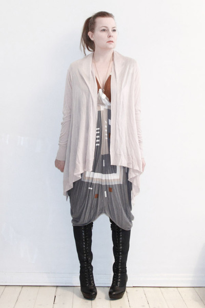 gray Malene Birger dress - pink H&M cardigan - black vagabond boots - gold Pilgr