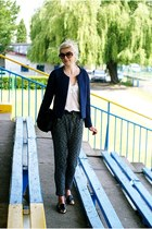 navy reserved blazer - black fur trendsgal bag - white walktrendy blouse