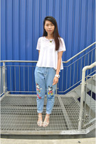 white H&M t-shirt - sky blue jeans - white top - nude Forever 21 sandals