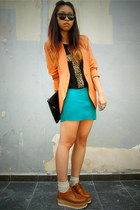 peach blazer - tawny oxford platform shoes - black clutch bag - beige socks