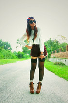 tawny boots - red stripes scarf - crimson high waisted shorts - black lace socks