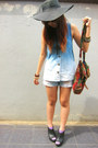 Jeans-black-floppy-hat-floral-sling-bag-light-purple-socks-top