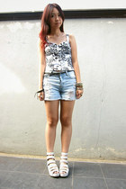 light blue cotton on jeans - bubble gum top - diy selfmade intimate - white sand