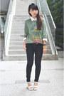Dark-gray-jeans-ivory-shirt-olive-green-t-shirt-white-heels