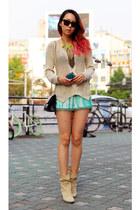 turquoise blue tie dye Zara shorts - beige Buttero boots