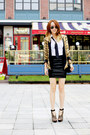 Black-255-reissue-chanel-bag-gold-zara-blazer