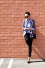 Black-uniqlo-jeans-black-chanel-bag-black-pumps-nine-west-heels