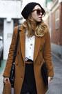 Black-asymmetrical-forever21-skirt-black-modern-vintage-boots