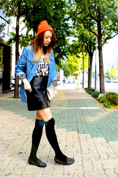 black leather Old Navy skirt - carrot orange beanie unknown hat