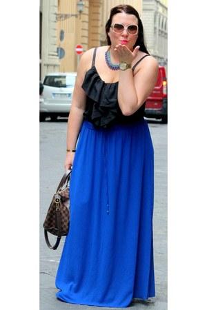 black H&M top - crimson Louis Vuitton bag - white bulgari sunglasses