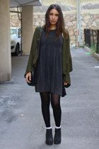 oversized Zara sweater - platform asos boots - baby doll asos dress