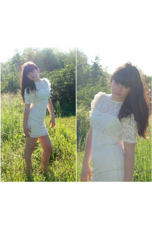 white Dorothy Perkins dress