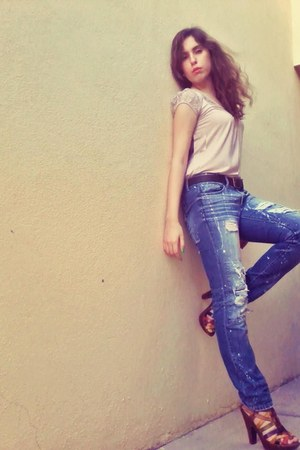blue Jeans jeans - pink bgl shirt