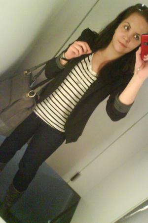 white H&M t-shirt - black Promod blazer - gray c&a jeans - gray reno boots