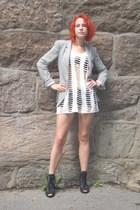 Zara blazer - Bik Bok top - Bik Bok DIY shorts - H&M bra - Din Sko shoes