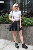 black chunky H&M boots - gray polo landmark shirt