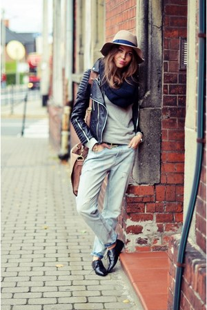 black MINUSEY jacket - vagabond shoes - Zara jeans - Stradivarius hat