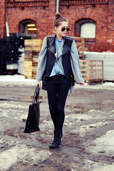 Secondhand sweater - Secondhand jeans