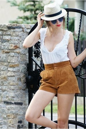 c&amp;a hat - c&amp;a sunglasses - - shorts - - blouse