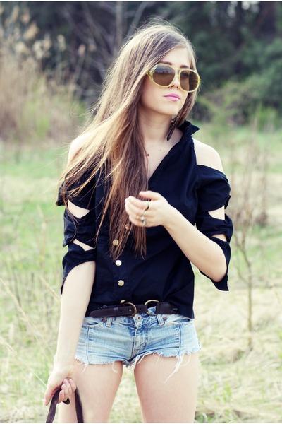 black vintage shirt - sky blue diy Pepe Jeans shorts