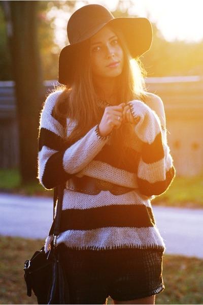 off white Stradivarius sweater - black H&M hat - black shorts