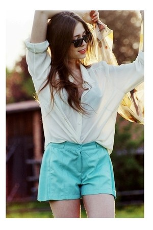 aquamarine romwe shorts - black Ray Ban sunglasses