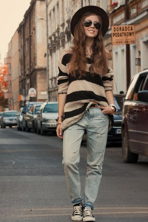 Stradivarius sweater - Zara pants