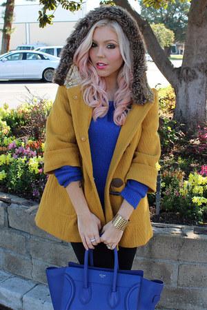 knitted Love Culture sweater - black Victorias Secret leggings - blue Celine bag