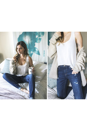 Soorty jeans - knit Topshop cardigan - loose crop garage top