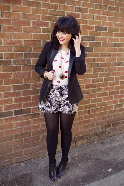 BB Dakota blazer - jungle print H&M shorts - lip print Zara top