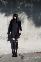 cat foymall tights - Eyeboxs dress - fluffy JollyChic coat