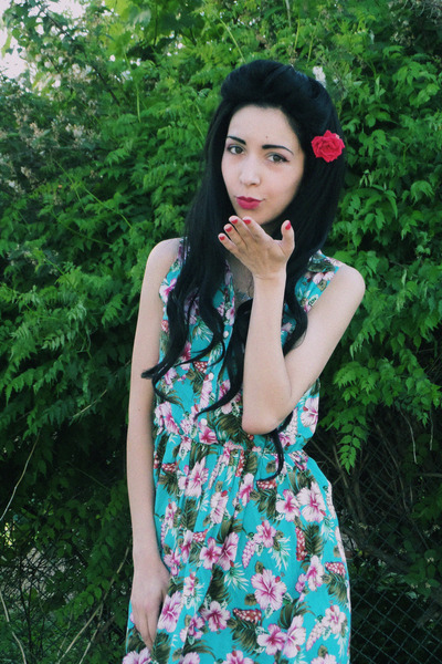 hawaii print Lovestruck dress - zombie I love sexy heels