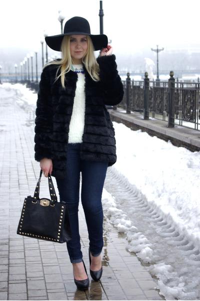 black Chicwish coat - blue Forever 21 jeans - black Frontrowshop hat