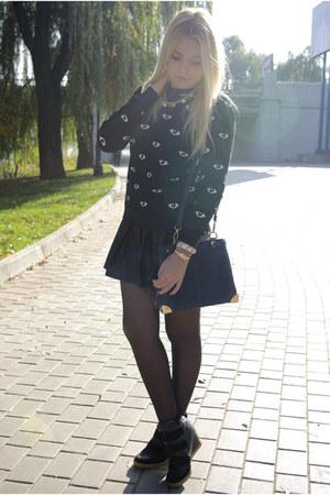 black Glamorous skirt - black Choies sweatshirt - black asos sneakers