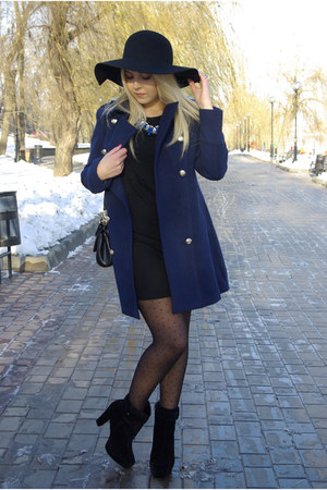 black Frontrowshop hat - black Bakers boots - black infiniteen dress