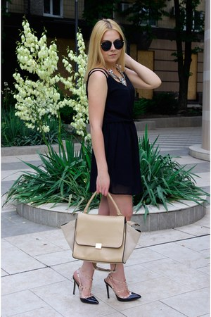 black ZNU dress - beige chicwich bag - yellow Happinessboutique necklace