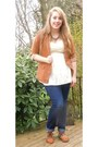 Navy-jeans-tawny-blazer-dark-brown-jeweled-necklace-cream-eyelet-top