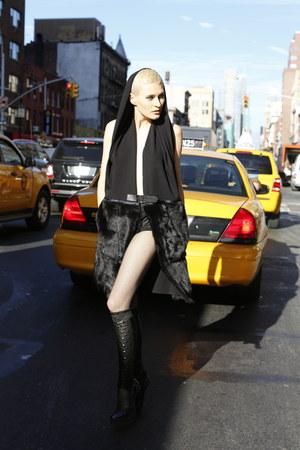 Stee-Letas vest - leather-spandex Stee-Letas boots