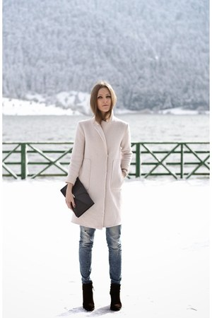 light pink wool Zara coat
