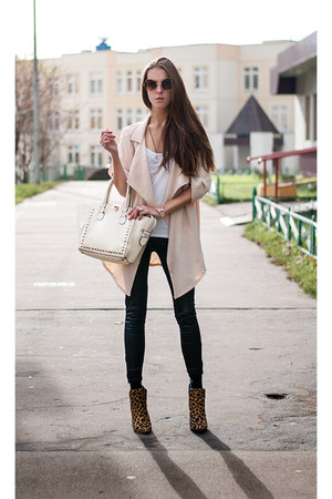 cream coat Sheinside jacket - white studded bag Wholesale7 bag