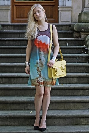 New Yorker bag - happyatomic dress - Zara heels