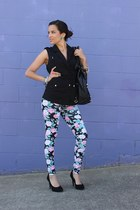 similar Bebe bag - Forever 21 leggings - H&M vest - Jessica Simpson heels