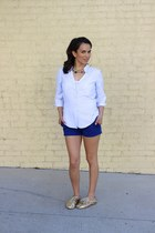 H&M blouse - American Eagle shorts - modcloth sneakers