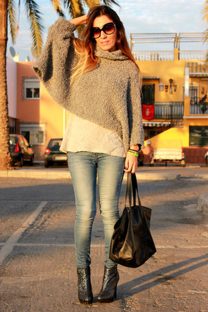 black Zara bag - navy Forever21 boots - heather gray Zara jumper
