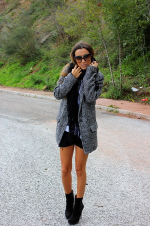 black Zara boots - heather gray Stradivarius coat - white Zara shirt