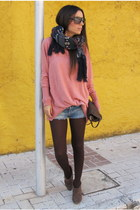 pink Mango jumper - light brown Stradivarius boots - navy Stradivarius scarf