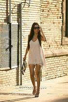 beige Bailly Bijoux dress - beige Primark bag - beige Zara heels